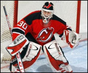 Martin Brodeur can break the record for Most Career Wins tonight in Montreal.